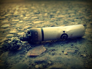 cigarette-butt-63338_640.jpg